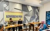Usai Konferensi Pers Bersama Lawyernya SDY Kini Ditahan Kejati Riau