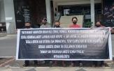 Geruduk Kejati Riau, Masyarakat Rohul Minta Anggota Dewan Sari Antoni di Proses